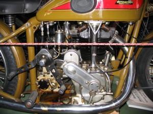 motosacoche33a
